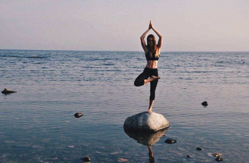 Hatha Yoga / Fr 18:00-19:30 / Julia