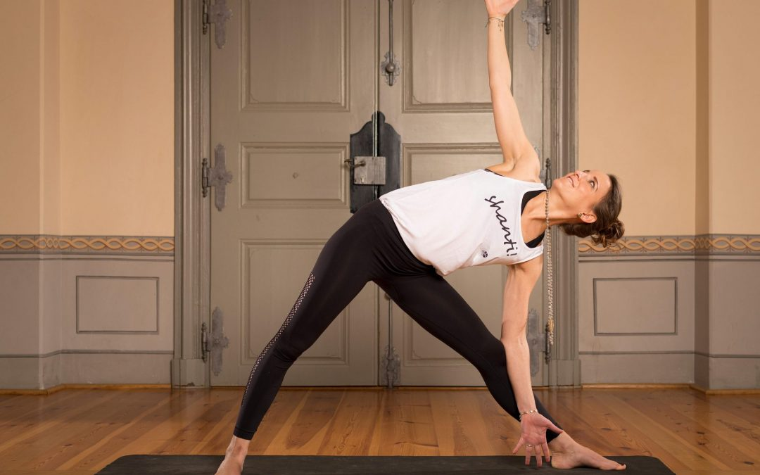 Hatha Yoga / So 19:00 – 20:30 / Annette