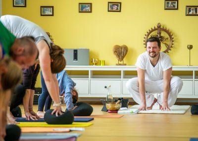 Kundalini Yoga Di. 17:30 Frank Wissmann
