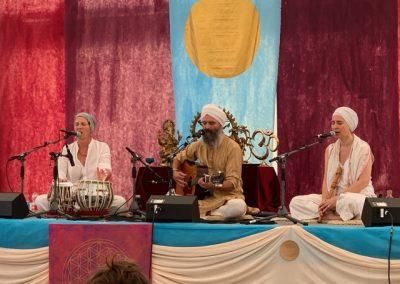 01.03.20 Kundalini-Yoga Kennlernstunde & Chanting mit Amrit & Akasha